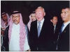 turki-faisal-rasheed-with-singapore-president-lee-kuan-yew-riyadh